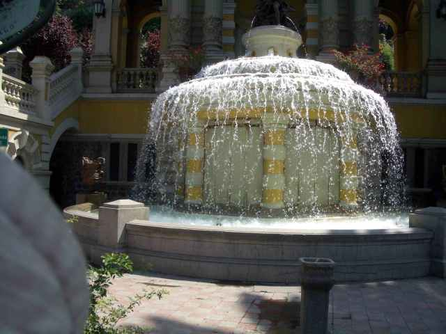 fonte Netuno em Santiago, Chile, por Ricardo Imaeda
